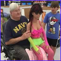 20 clientes bizarros que podem ser visto em supermercados
