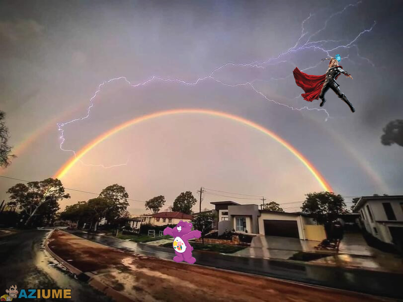 Ursinho carinhoso vs Thor
